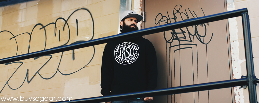IASC Heavyweight Pullover Hoodie